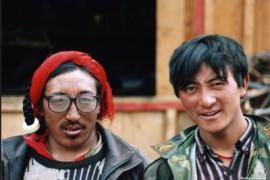 De overland naar Tibet - Bayi naar Namse Zampa (Bahel bridge)