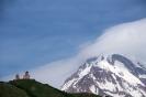 Kazbegi - Kerkje met<br />Mt. Kazbek