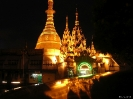 Yangon - Temples by night!