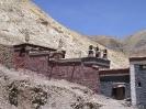 Lhasa naar Kathmandu<br />- Huisjes naast het<br />klooster van Sakya
